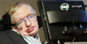 Fenomenální Stephen Hawking radí, jak trénovat mozek